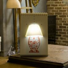 Lampe bloc-notes page par page 10 décors usb