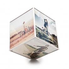 Cube cadre photo tournant