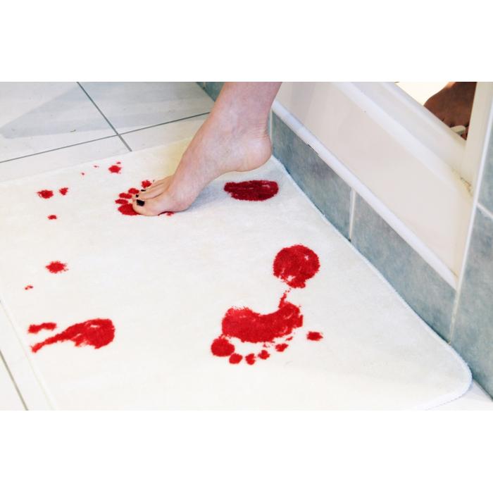 Tapis de bain meurtre