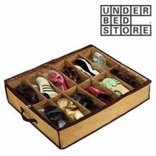 Range chaussures sous le lit