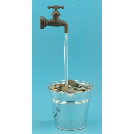 Fontaine seau robinet magique