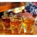Lot de 4 verres à alcool en forme de tête de mort