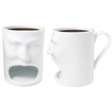 Mug avec une bouche pour les cookies