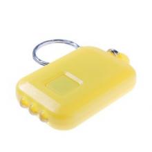 Lampe porte clefs solaire jaune vue de dessous