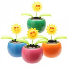 Fleur solaire avec des lunettes de soleil