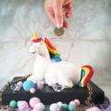 Tiirelire licorne arc-en-ciel en céramique