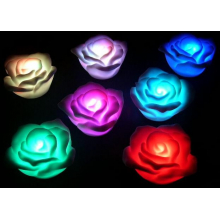 Rose lumineuse à couleurs changeantes a led