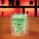 Verre à alcool en forme de tête de mort