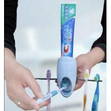 Distributeur de dentifrice